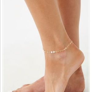 Jewelry - Gold Floral Anklet